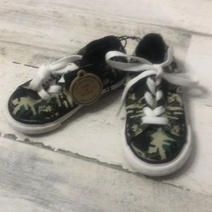 Converse One Star Camo Shoes 6 Kids White